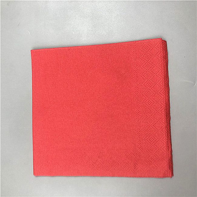 Colored airlaid napkin